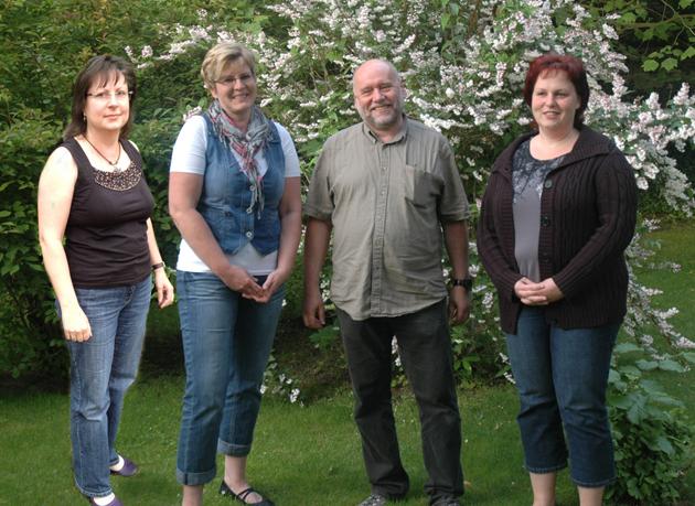 Von links nach rechts sind es Birgit Gaube, Cornelia Ball, Jürgen Ehle und Dana Sitz